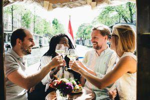 Wijnproeverij aan boord - Wijnproeverij Amsterdam