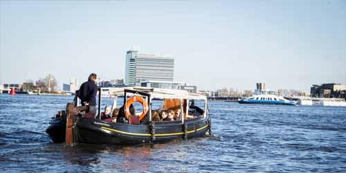 Trekschuit Stella Maris - Boot huren Amsterdam
