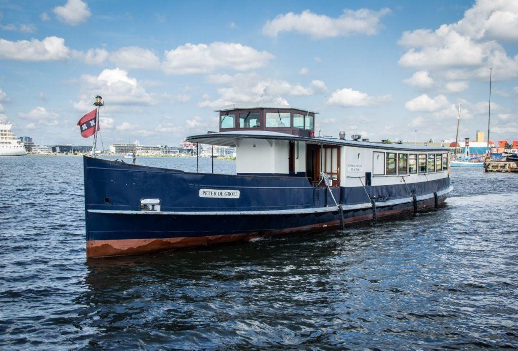 Salonboot Peter de Grote - Partyboot huren Amsterdam