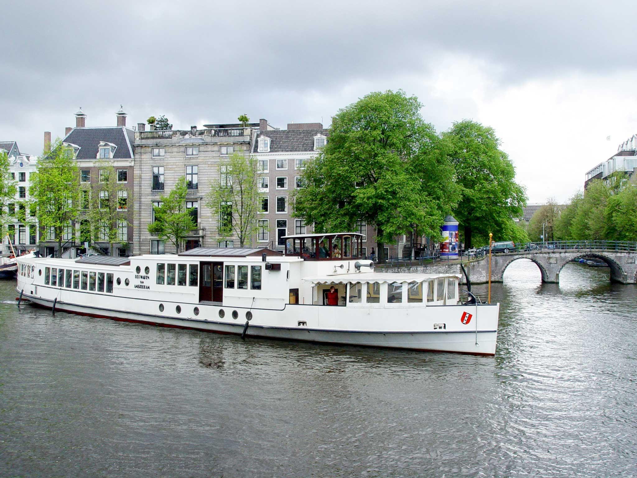Salonschip Wapen van Amsterdam - Boot huren Amsterdam